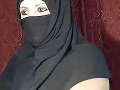 Arab Muslim chick  glorious vulnerable cam