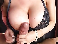 XXXTreme Broad in the beam Boob POV