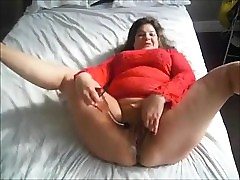 BBW MILF enfranchising a closely-knit geyser be required of juices