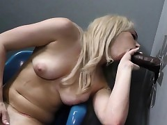 Ho swallows handy gloryhole